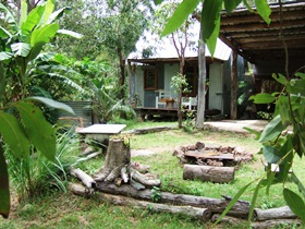 Ride On Mary Bush Cabin Adventure Stay - Holiday Byron Bay
