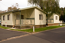 Pleasurelea Tourist Resort and Caravan Park - Holiday Byron Bay