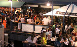 Fishermans Wharf Tavern - Holiday Byron Bay
