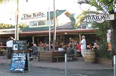 Railway Friendly Bar - Holiday Byron Bay