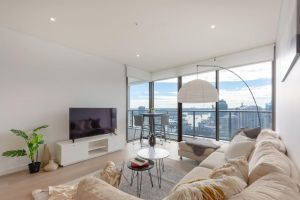 High Rise apt in Heart of Sydney wt Harbour View - Holiday Byron Bay