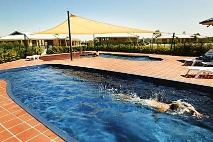 Potters Hotel Brewery Resort - Holiday Byron Bay