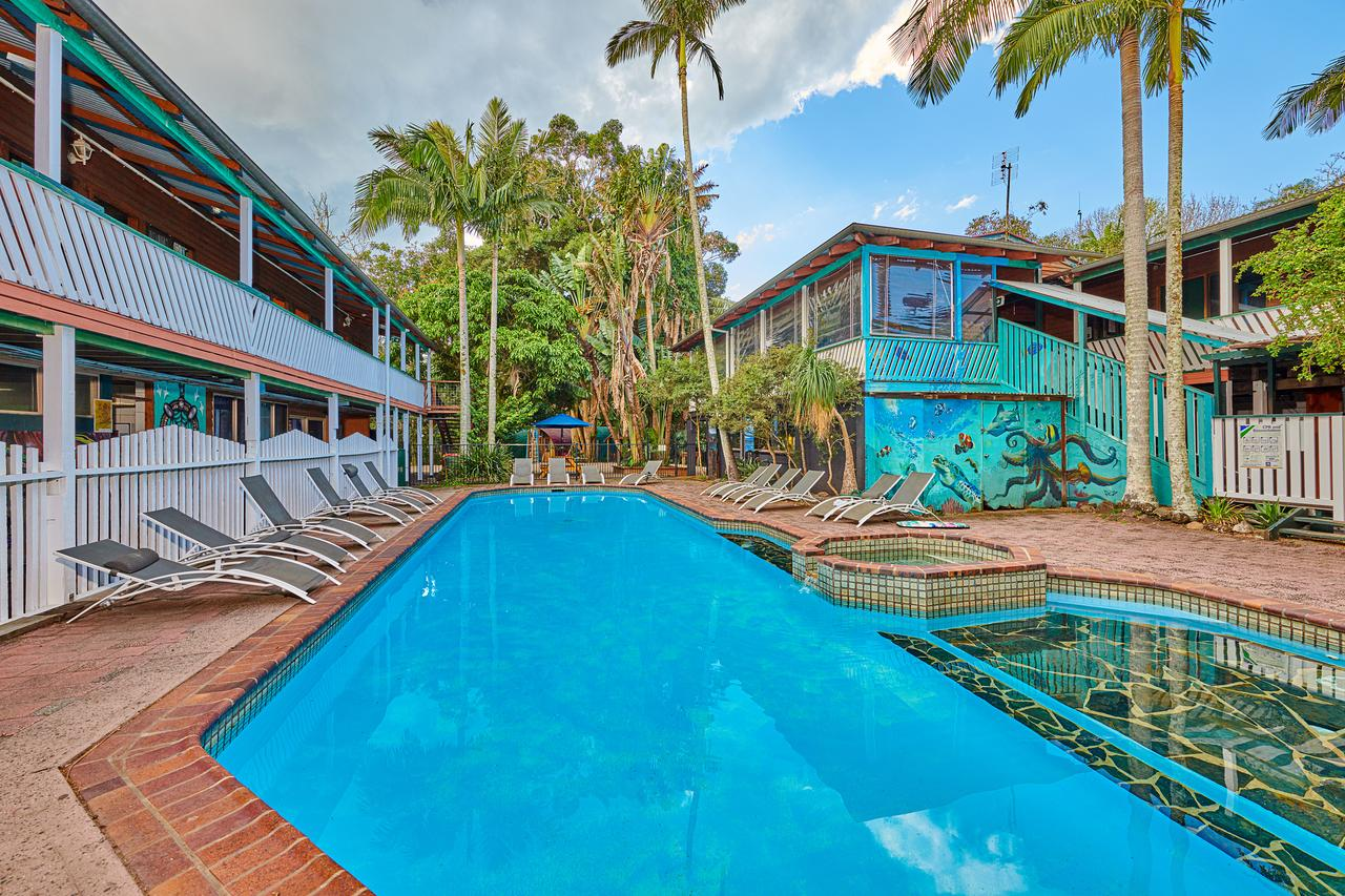 Arts Factory Lodge - Holiday Byron Bay